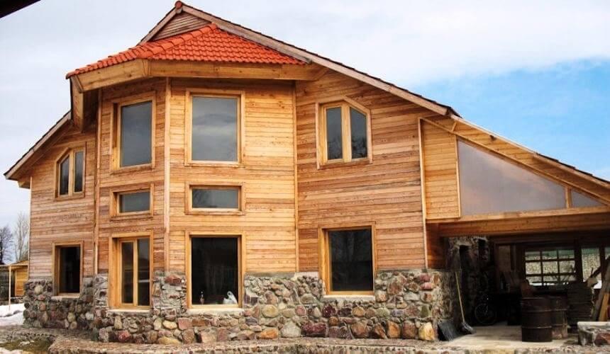 Деревянная вагонка бывает нескольких видов: классическая, евровагонка, имитация бруса и блок-хаус