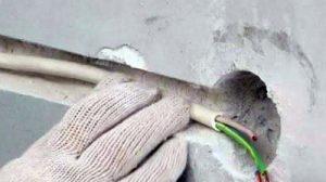 как штробить стену без пыли